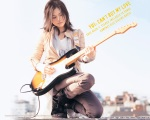 yui-maen-gitar2